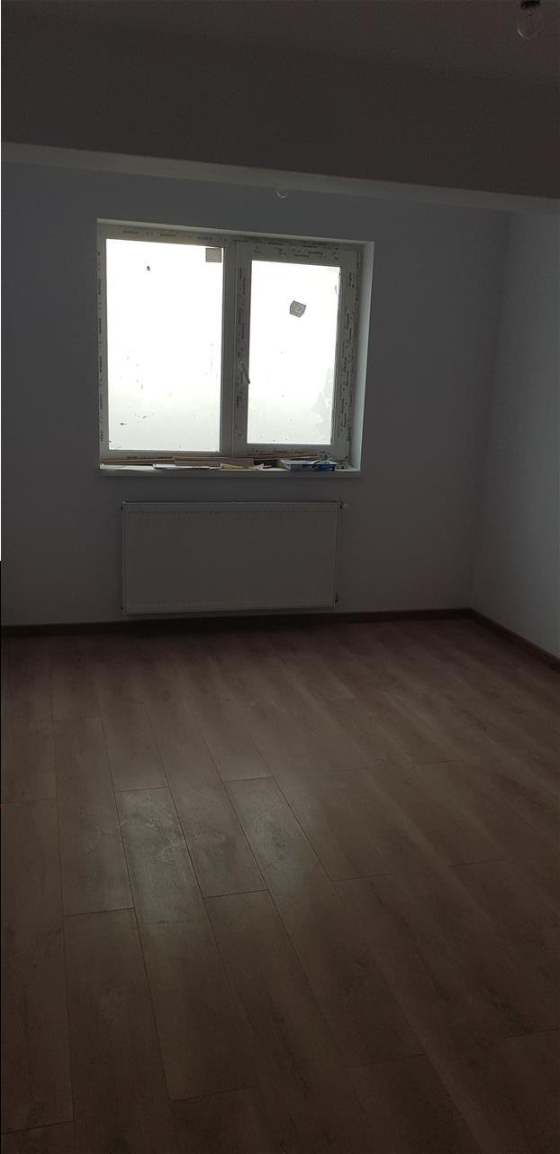 Apartament o camera - capat Cug - mutare imediata