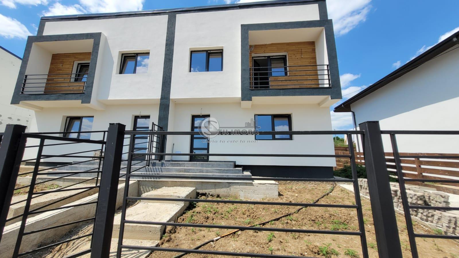 Vila duplex model cubic in zona Visan