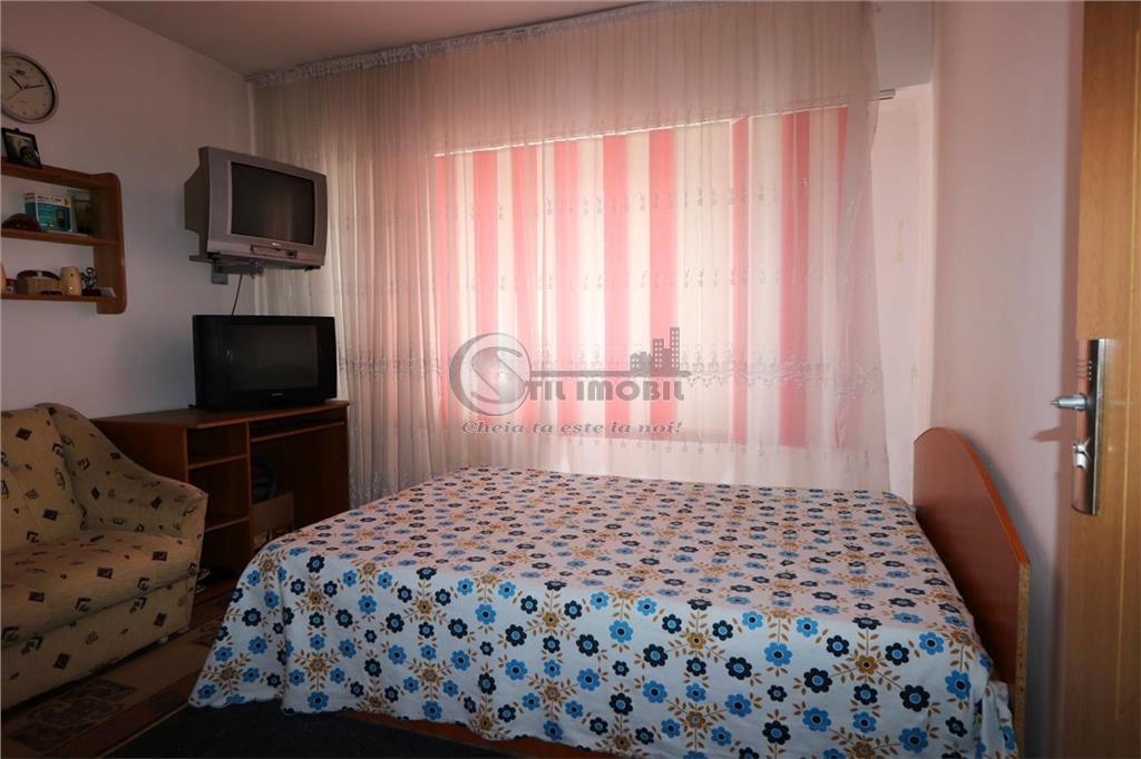 Liber apartament 2 camere decomandat ,Nicolina Rond Vechi