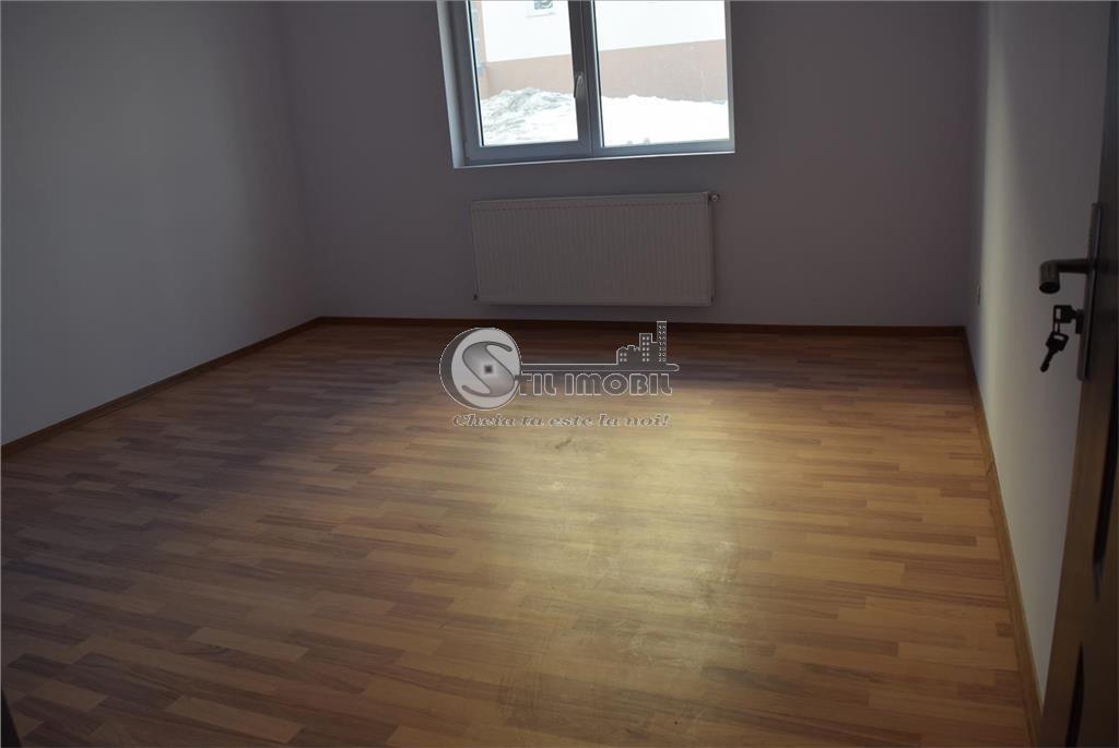 Apartament o camera decomandat 42mp.