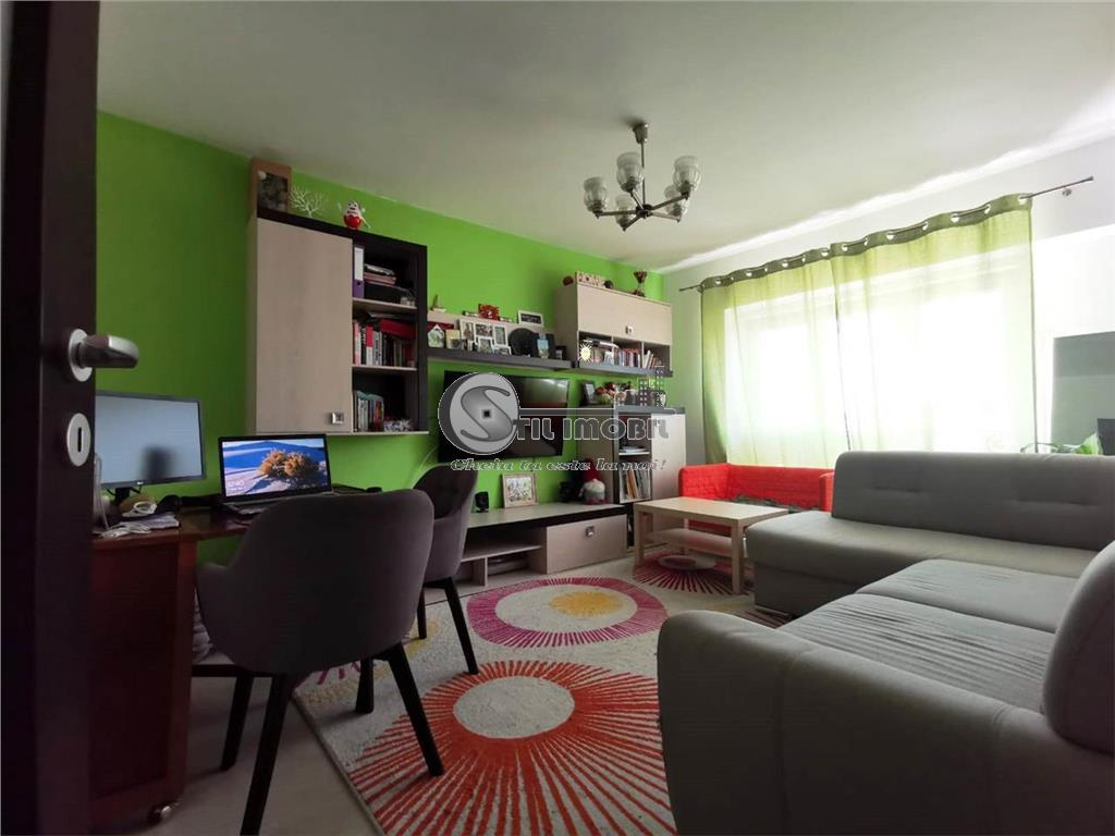 Apartament 3 camere decomandat Dacia Bulevard