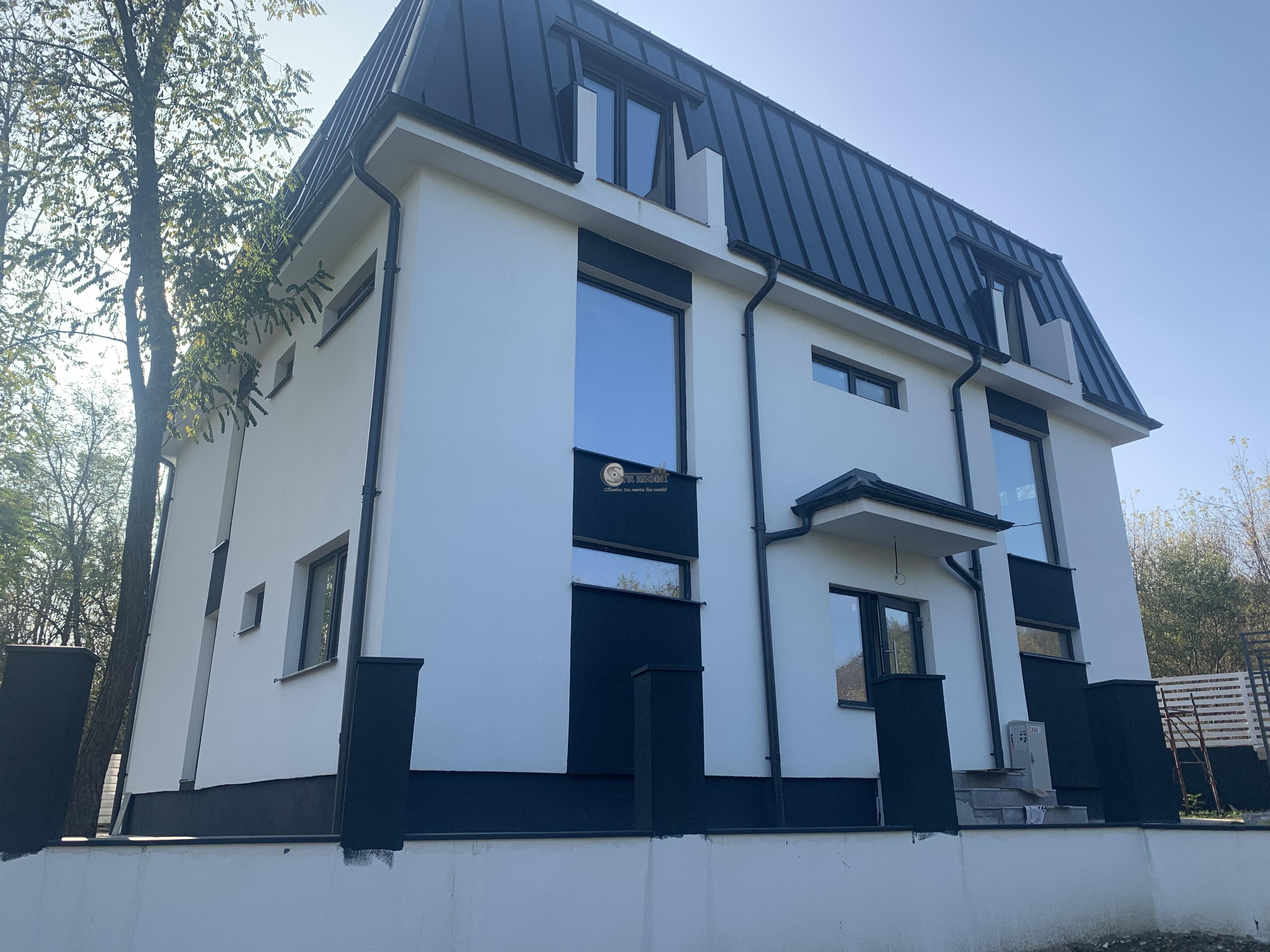 APARTAMENT 2 CAMERE+LOC PARCARE COPOU - CA ROSSETI 56.000 EURO