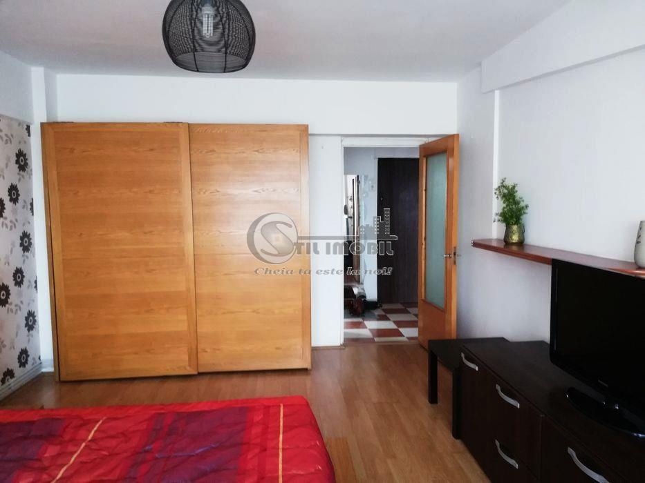 Apartament 1 camera, Hala Centrala, 350 Euro