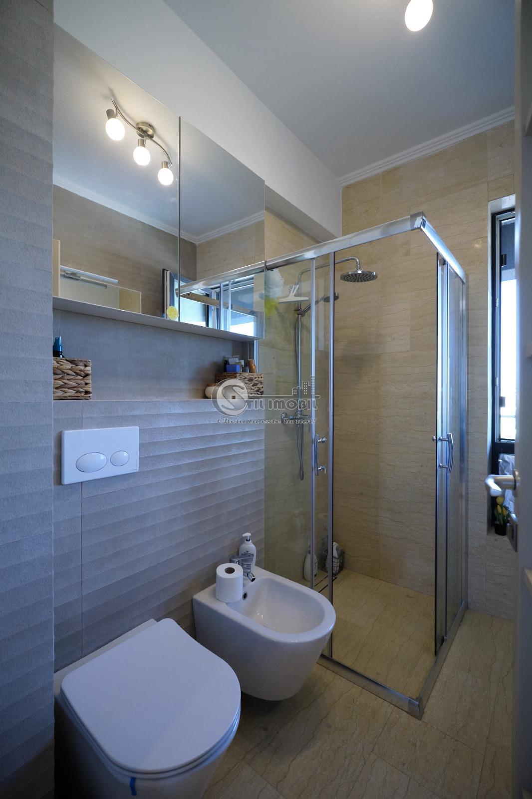 Apartament 2 camere 63 mp Pacurari 72000 euro