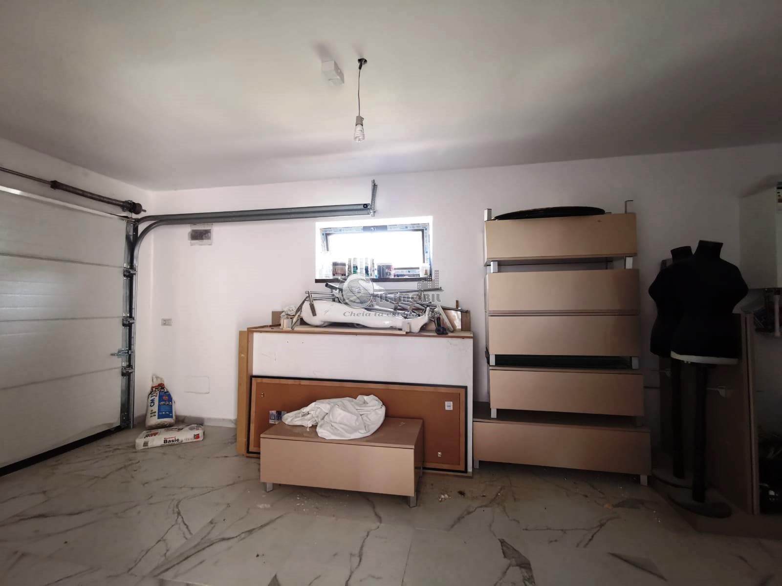 Vila Individuala cu 4 cam garaj si  500 mp teren Barnova