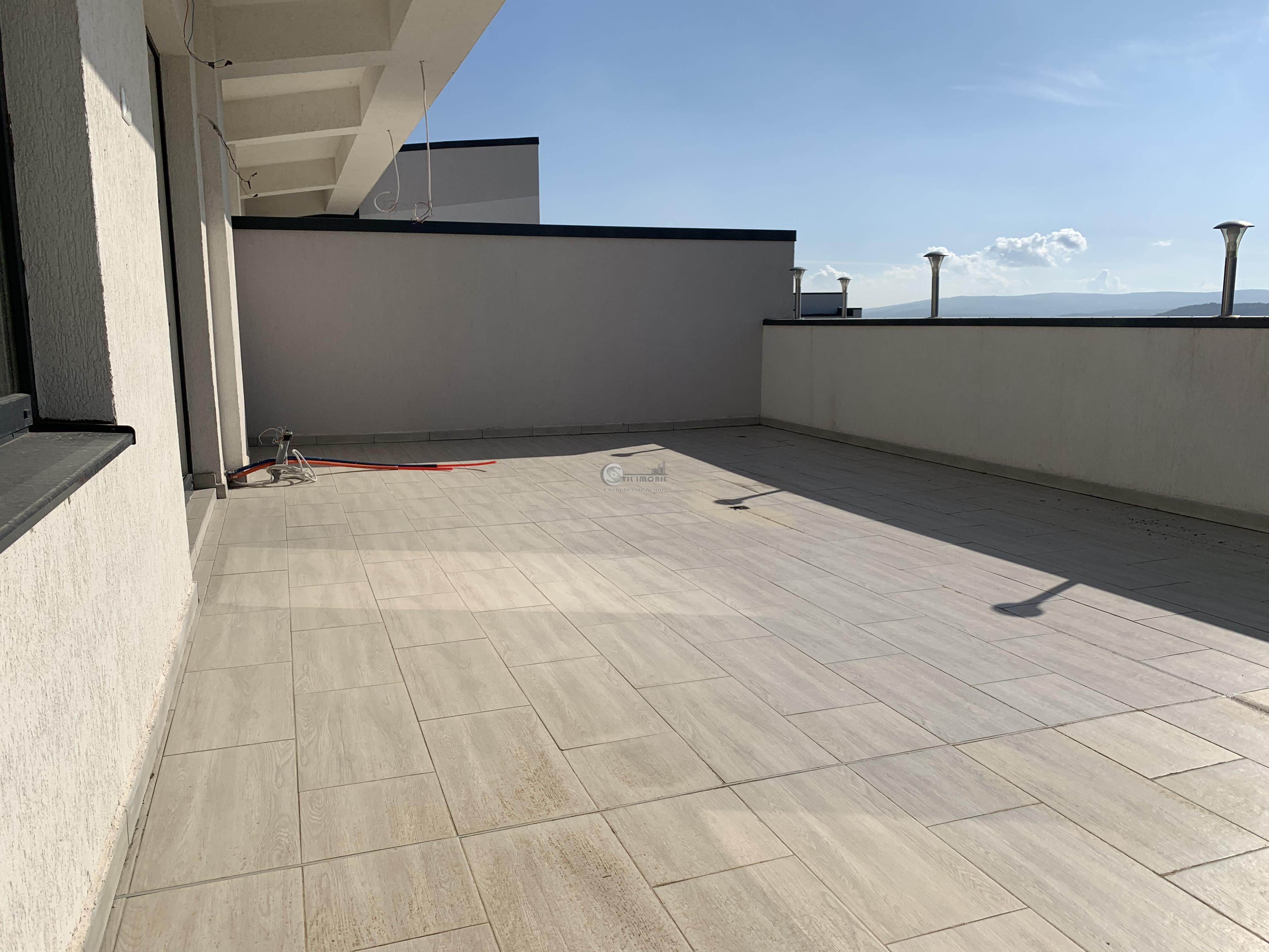 55.000e PACURARI-POPAS 1c 38mp+45mp terasa bloc nou