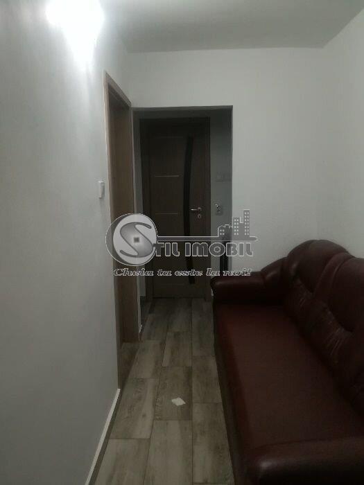 Apartament cu 3 camere decomandat, etaj 1, Canta Pacurari, 72mp