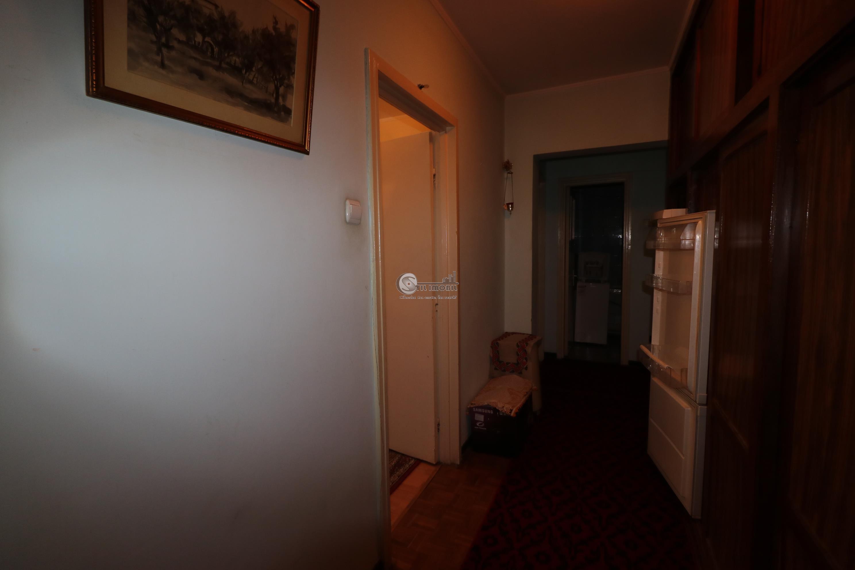 Apartament 4 camere,et2  Tatarasi- Ciurchi,liber