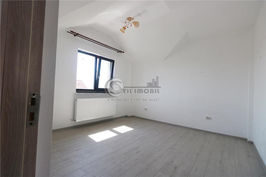 Apartament 2 camere decomandat,Rond Nicolina - 700m