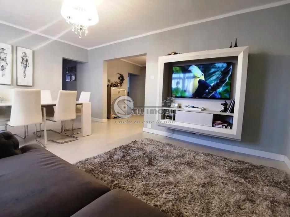 Apartament 3 camere Pacurari