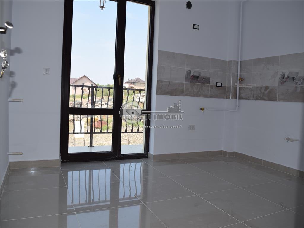 Apartament 3 camere decomandat 70mp - Popas Pacurari