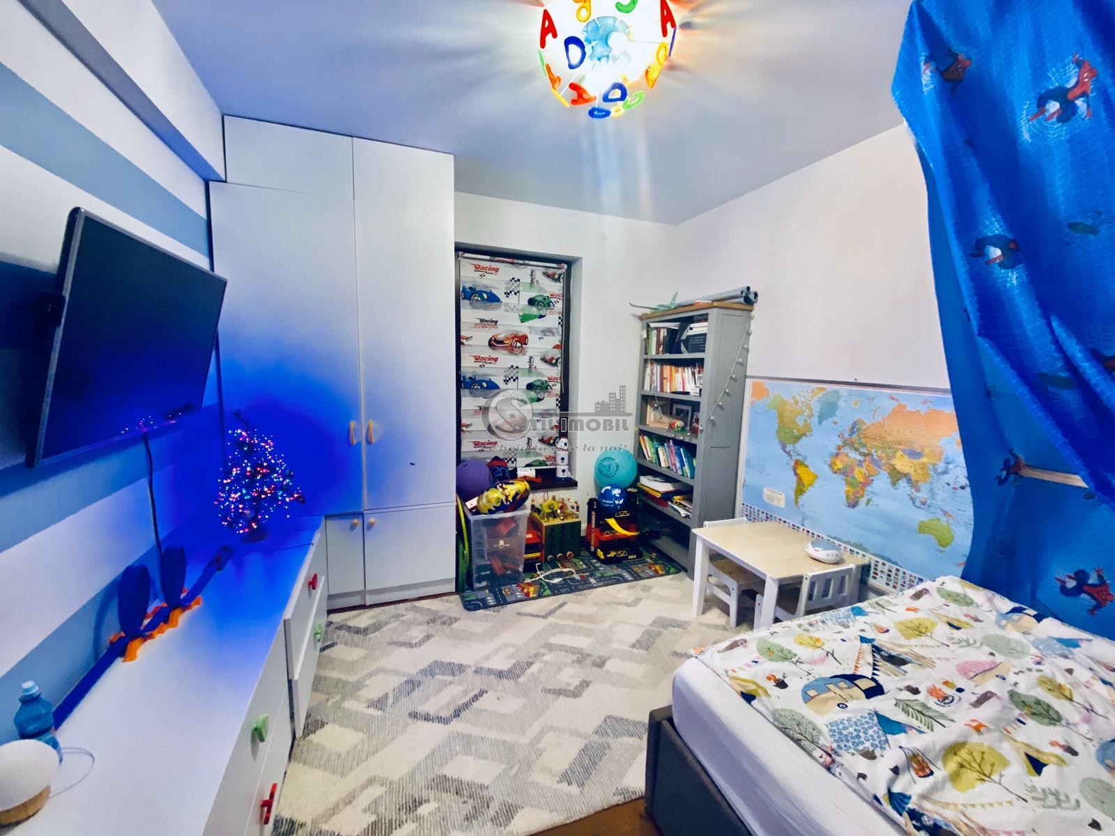 Apartament 3 camere , zona Bucsinescu, 63mp