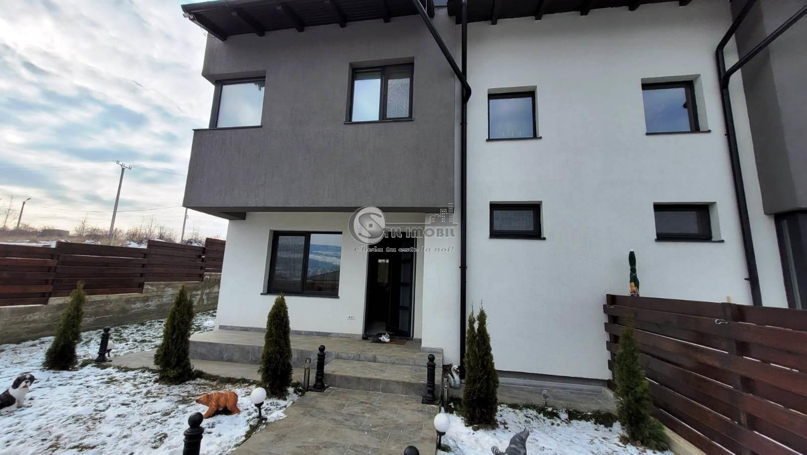 Vila duplex 3 camere mobilata si utilata, zona Bucium