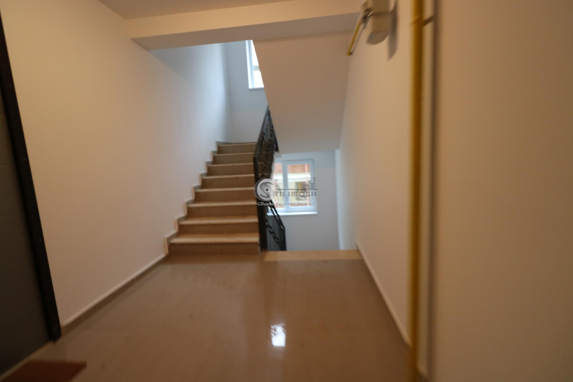 Apartament 3 camere decomandat 74mp - Mutare imediata