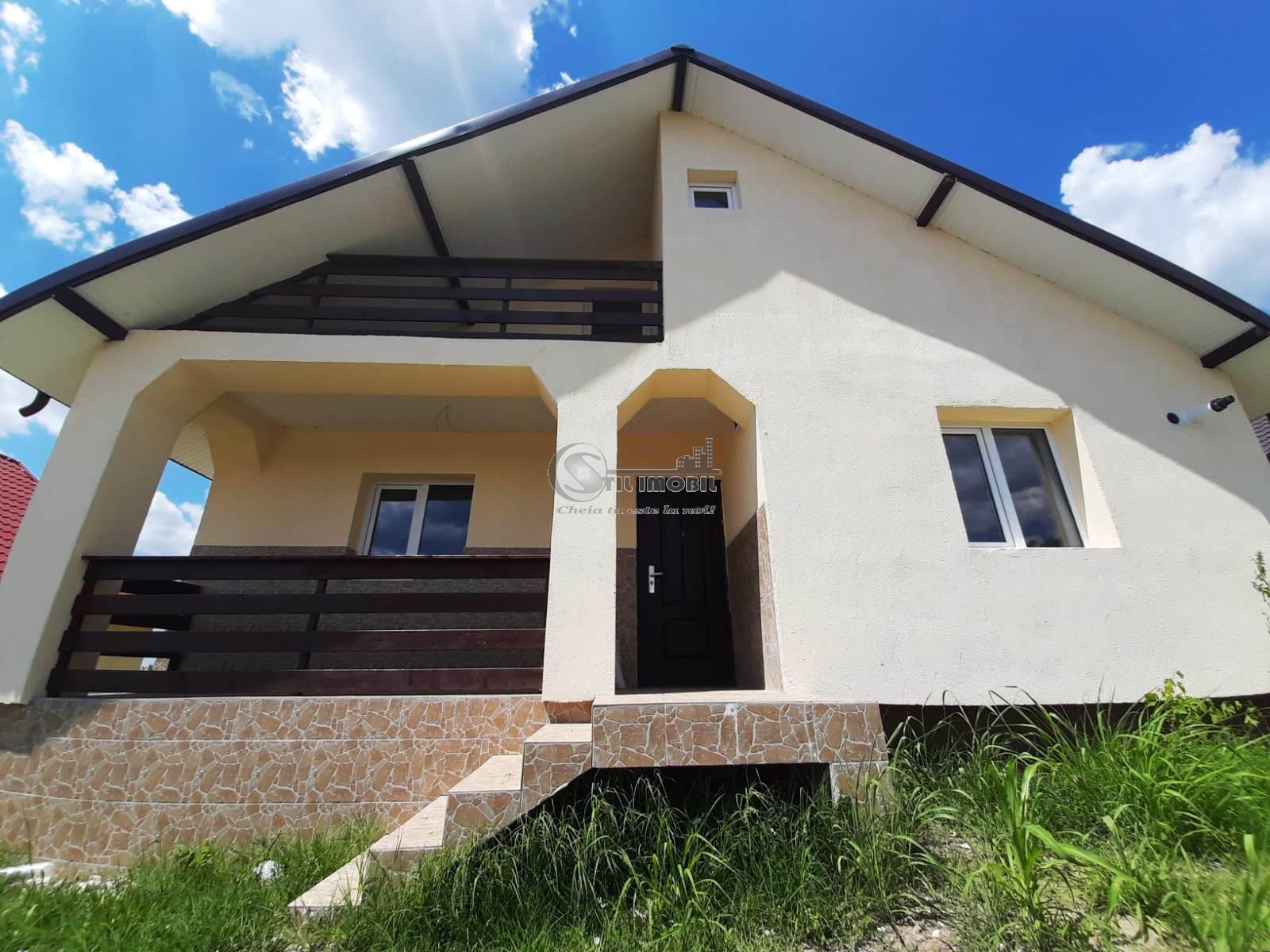 Casa la asfalt cu toate utilitatile zona Holboca