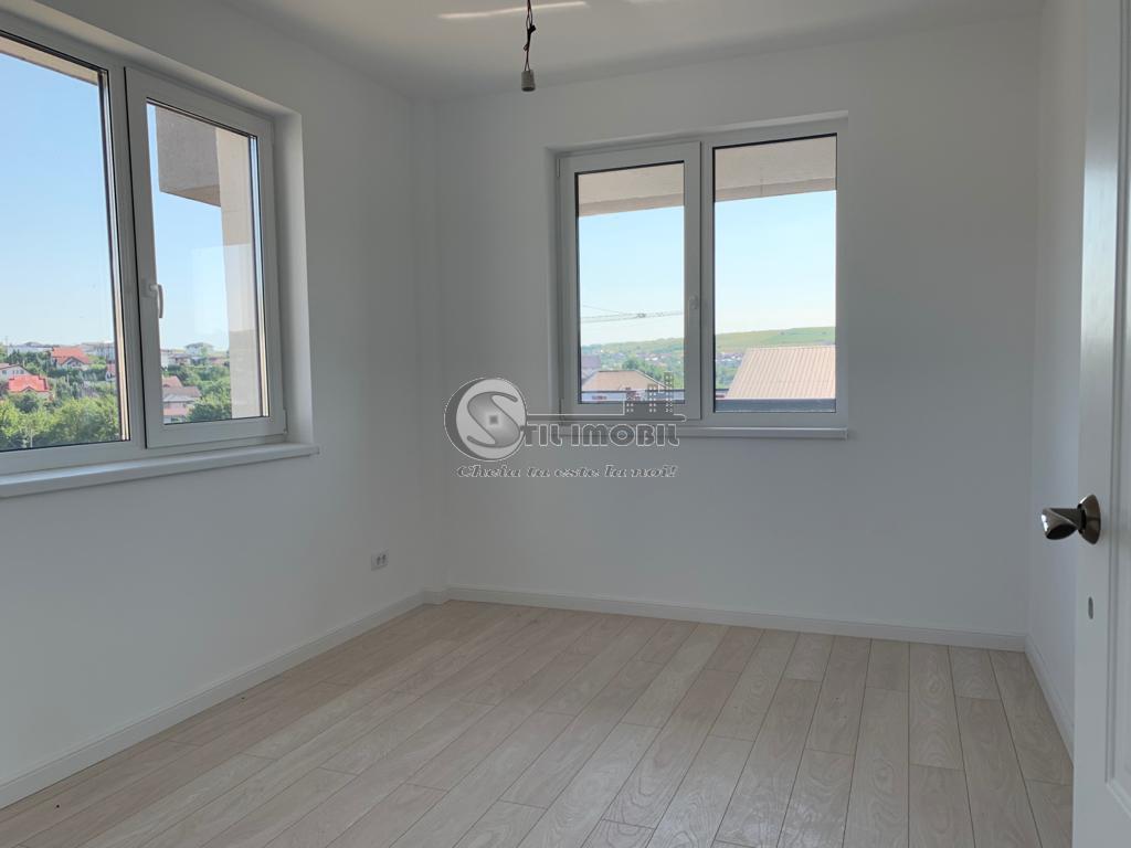 Apartament 3 camere-mutare imediata, 65mp+30mp gradina, 71000 euro