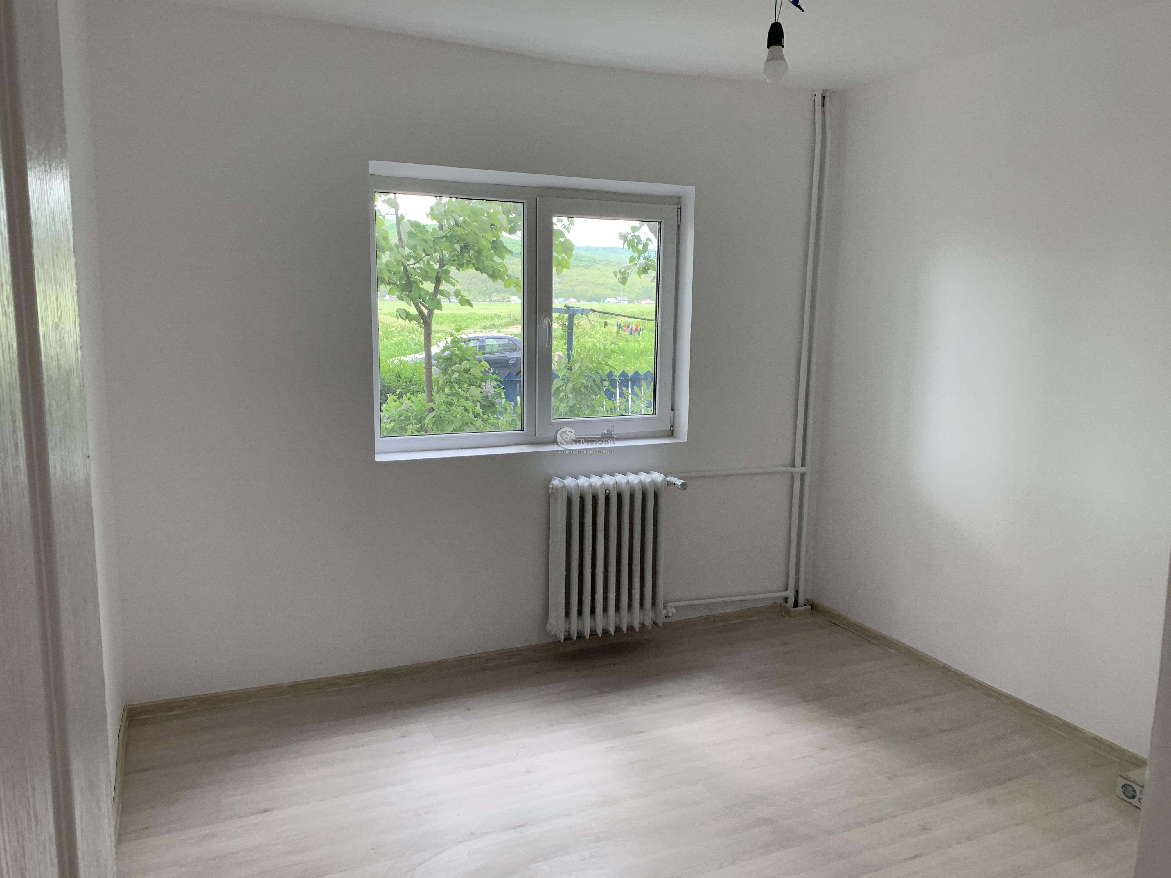 55500 euro DACIA apartament 2 c D 48mp liber renovat