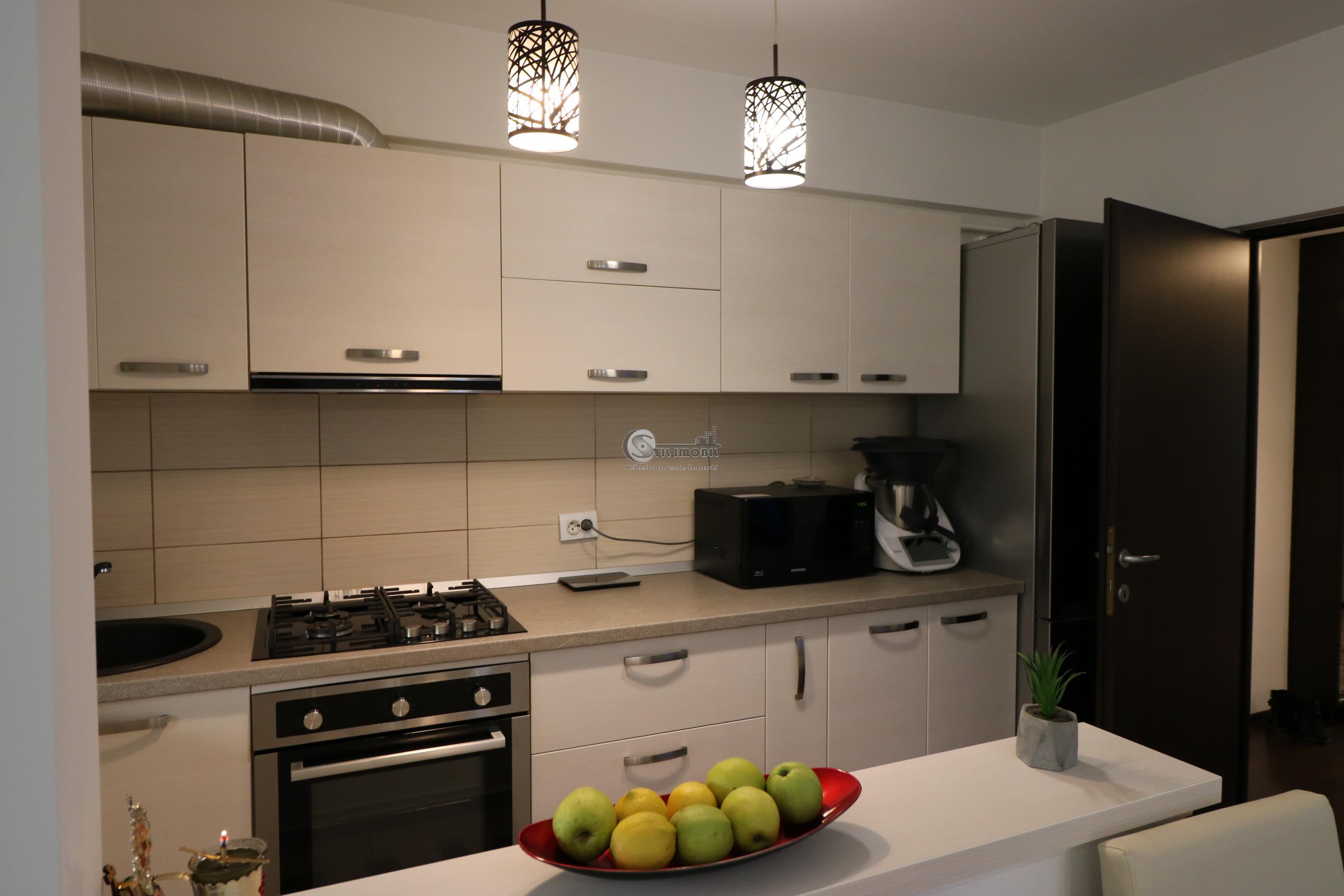 Apartament NOU 3 camere, loc parcare + boxa