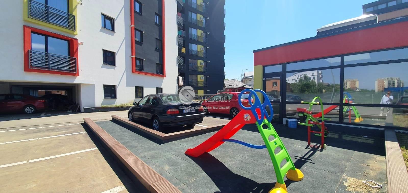 Apartament NOU 2 camere + parcare subterasa Tatarasi