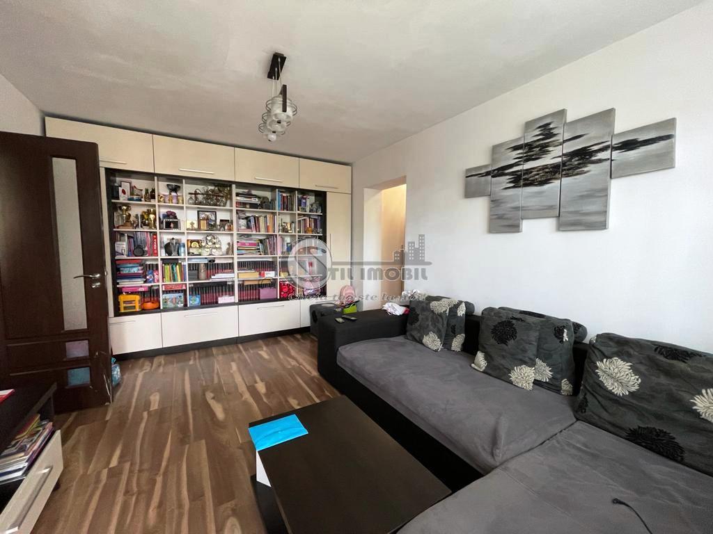 Apartament 3 camere mobilat NOU, Podu Ros,63mp
