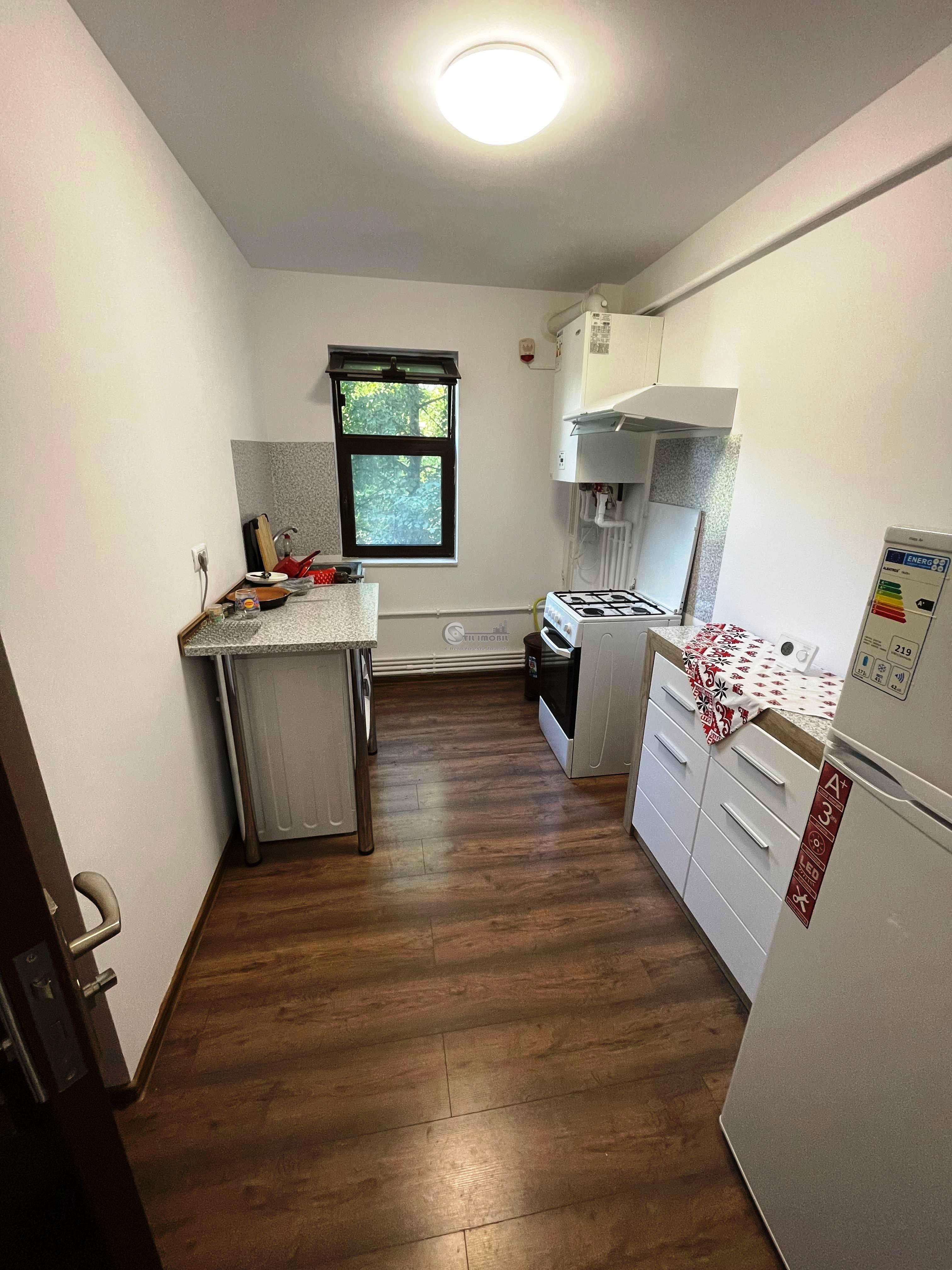 Apartament 2 camere decomandat,Tatarasi-Flora, 350 euro