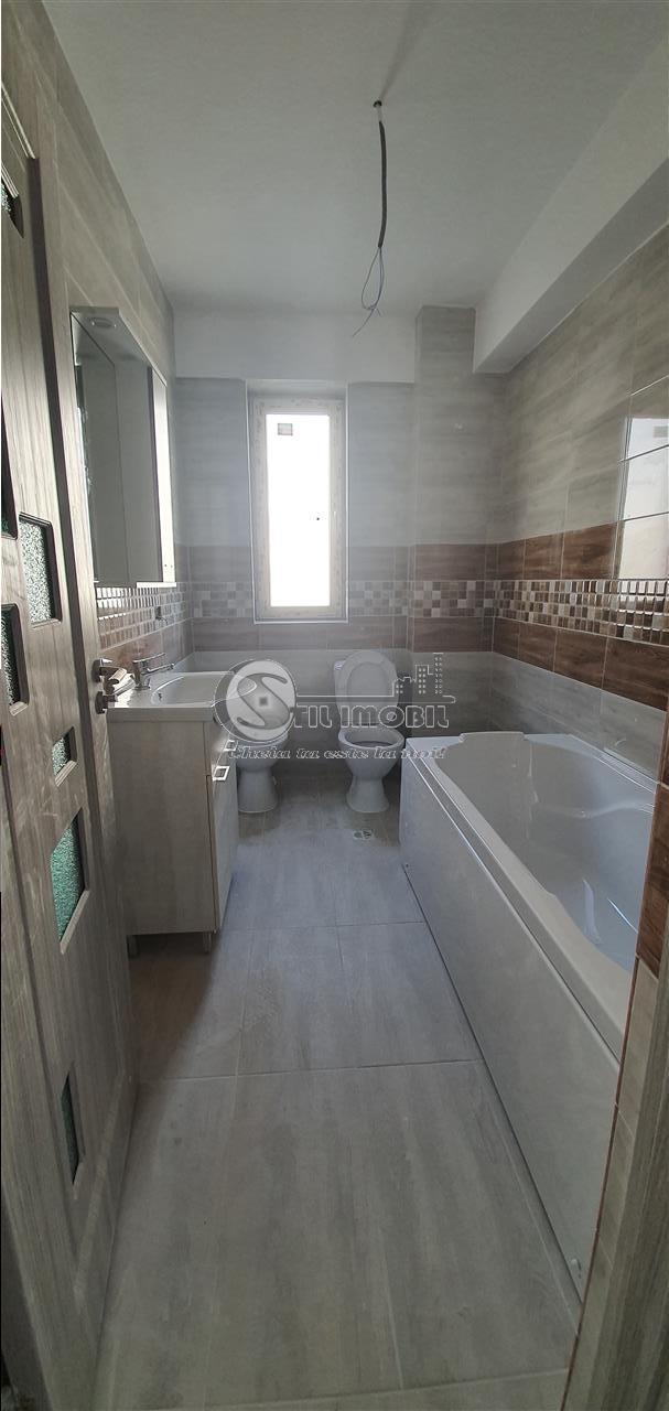 Apartament 3 camere, Cug-Expo Mobila, 65 mp, 71.000 euro