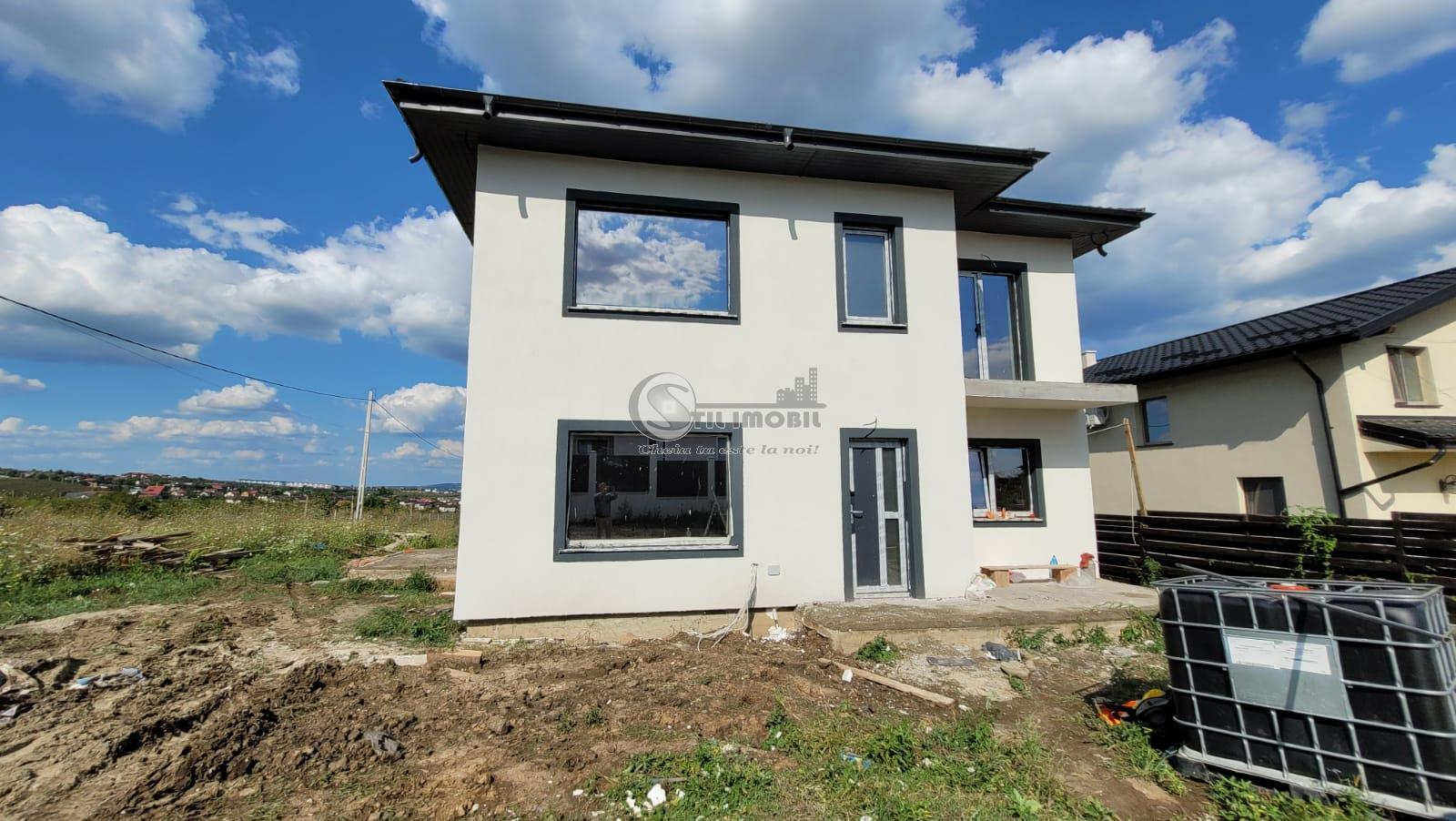 Vila 5 camere zona Valea Adanca