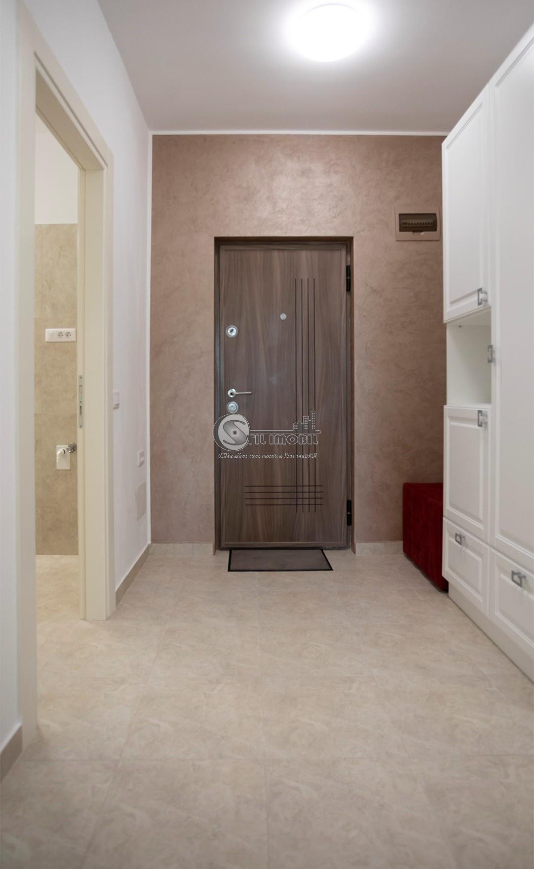 Apartament 2 camere, decomandat Palas, mutare imediata, 62mp