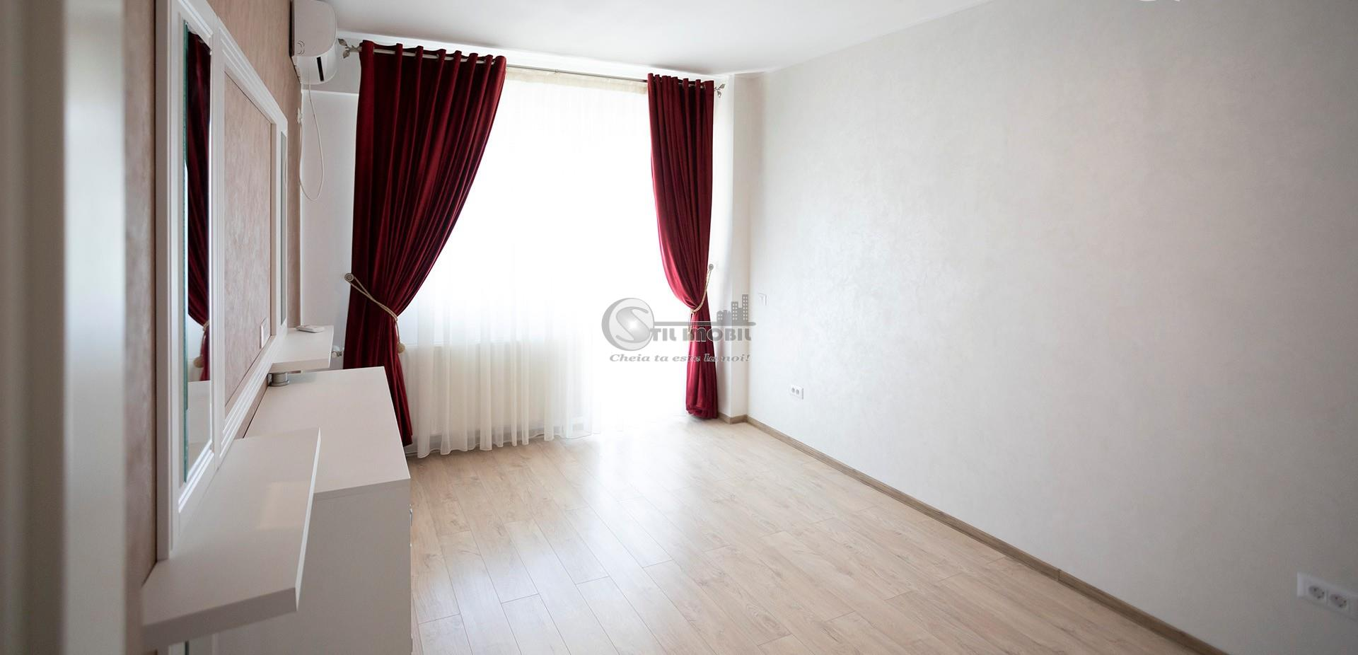 Apartament 1 camera, decomandat, Palas, predare imediata