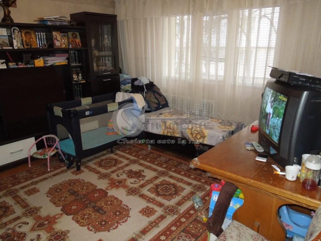 Apartament cu 2 camere de vanzare in zona Gara