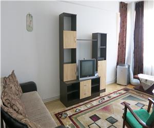 Centru Moldova Mall apartament 2 camere decomandat