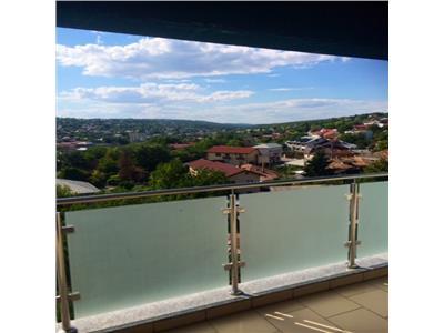 Apartament 4 camere 120 mp Bloc nou + parcare privata Podul de Fier