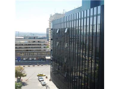 Apartament 3 camere decomandat ultracentral Palas -Moldova Mall