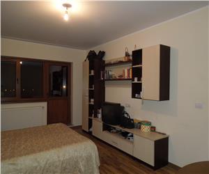 Nicolina Rond Vechi apartament 3 camere decomandat bloc pe cadre