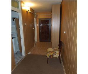 Frumoasa apartament 2 camere decomandat etaj inter