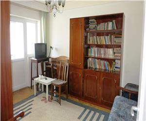 Hala Centrala apartament 2 camere decomandat