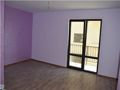 Apartament 3 camere decomandat 74mp