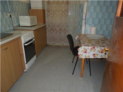 Tg Cucu apartament 3 camere decomandat