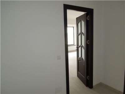 Apartament 3 camere 95 mp - mutare imediata
