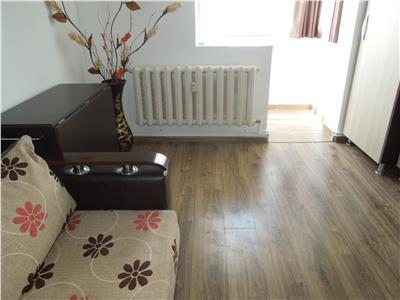 Hala Centrala apartament modern 2 camere decomandat