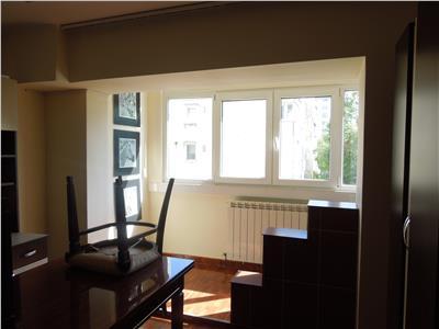 Nicolina Cug bloc la bulevard apartament 2 camere