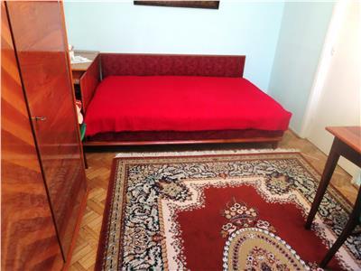 Apartament cu doua camere -zona Podu Ros -250 euro