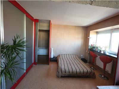 Piata Unirii apartament 2 camere open space