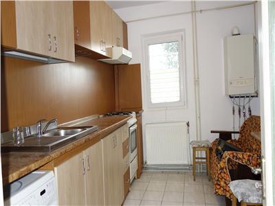 Podul de Fier apartament 3 camere decomandat 2 bai