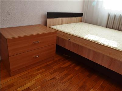 Apartament cu 3 camere in Podu Ros-Tudor Vladimirescu