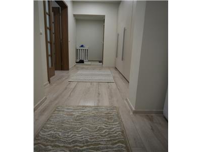 Apartament doua camere decomandat Podu Ros Lux 400 euro