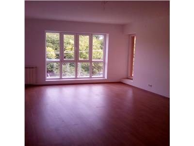 Apartament  3 camere,57mp mutare imediata, bloc nou Tatarasi