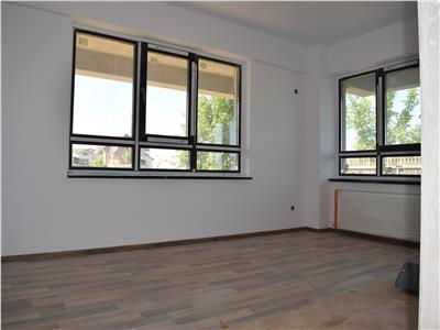 Apartament o camera, decomandat, 43mp