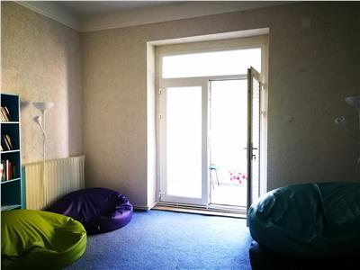 Apartament 3 camere Centru