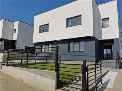 Vila tip duplex Rediu 74000